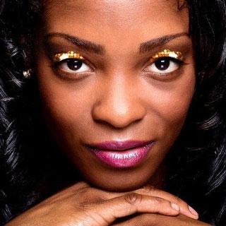 Sparkly Gold Eye Makeup