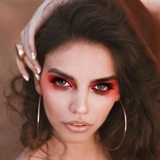 Red Smokey Eye Makeup